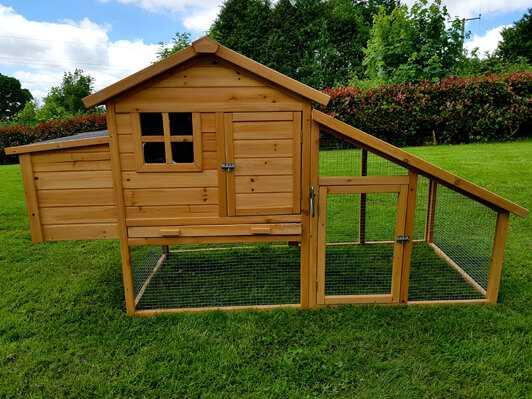 4 Bird Chicken Chalet Hen Coop