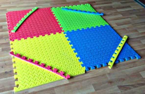 4 Interlocking Tiles